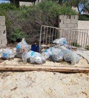 Ramassage de déchets plages de Carry-le-Rouet